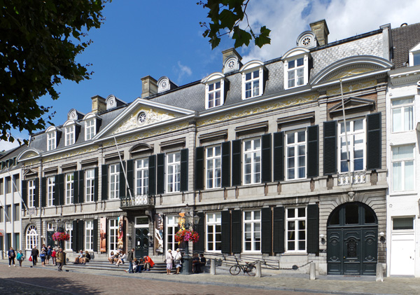 Maastricht, Theater © Berthold Werner, Wikipedia [CC BY-SA 4.0 (https://creativecommons.org/licenses/by-sa/4.0)]